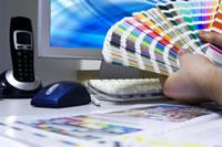 aufkleber mit sonderfarben drucken ral hks pantone co schuckfarben typographus. Black Bedroom Furniture Sets. Home Design Ideas